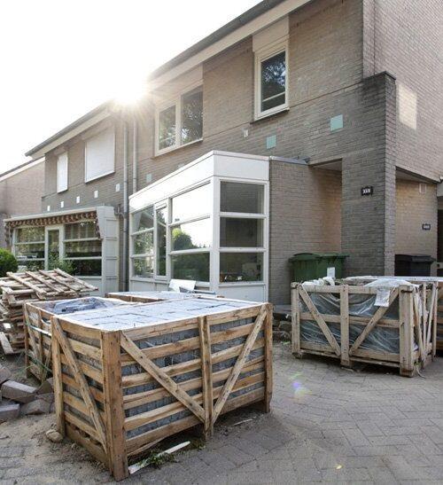 Hoveniersbedrijf & tuinontwerpstudio Xterieur. Regio Den Bosch, Eindhoven, Veghel, Uden, Helmond, Tilburg, Vught, Oisterwijk voor tuinontwerp, tuinaanleg, tuinonderhoud en tuinrenovatie van stralende tuinen bij uw woning of bedrijfspand. Wij maken sinds 2005 tuinen met passie en impact!
